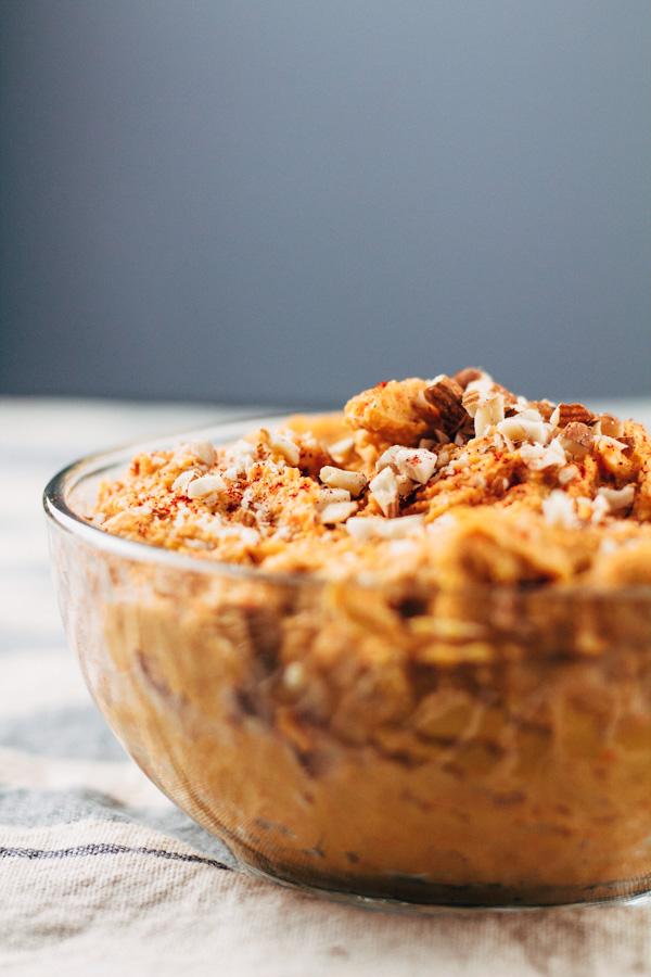 oil free vegan roasted carrot and garlic hummus recipe