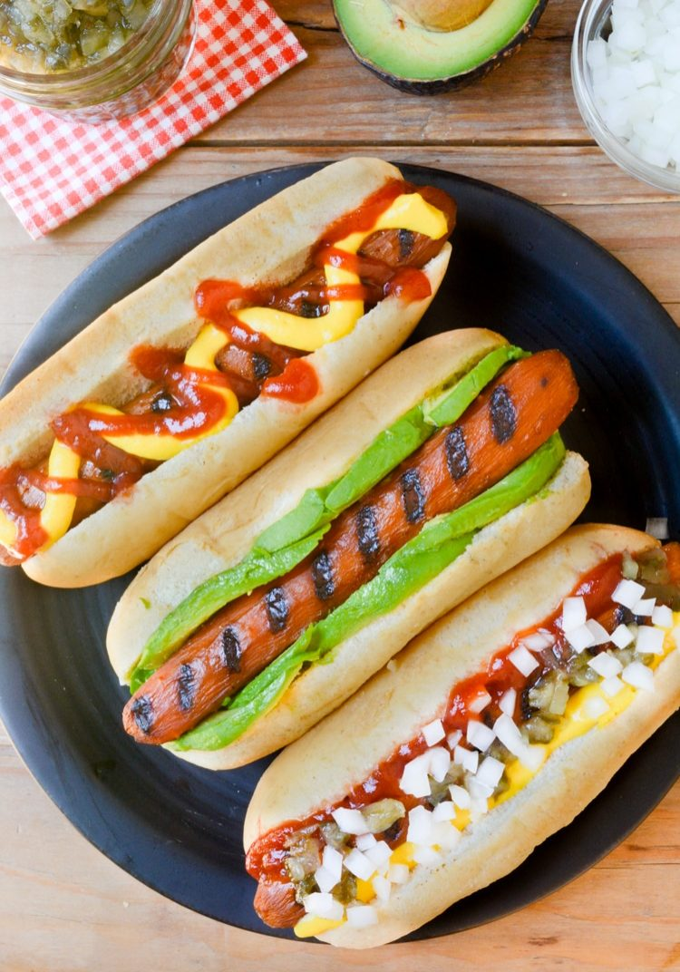 Carrot-hot-dogs-in-a-bun-with-toppings-top3