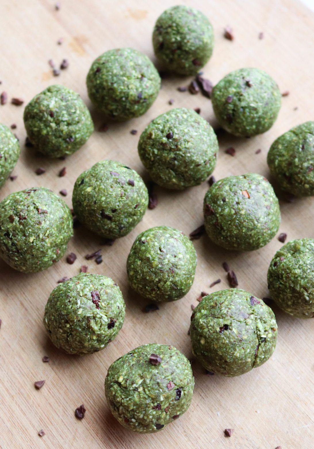 Coconut_Matcha_Chocolate_Chip_Bliss_Balls_FromMyBowl-3-1170x1560