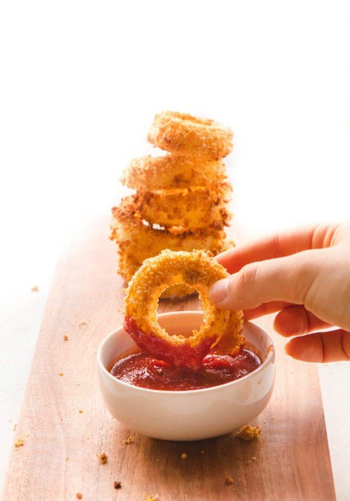 Crispy_Fat_Free_Healthy_Onion_Rings_Vegan_FromMyBowl-5-1170x1755