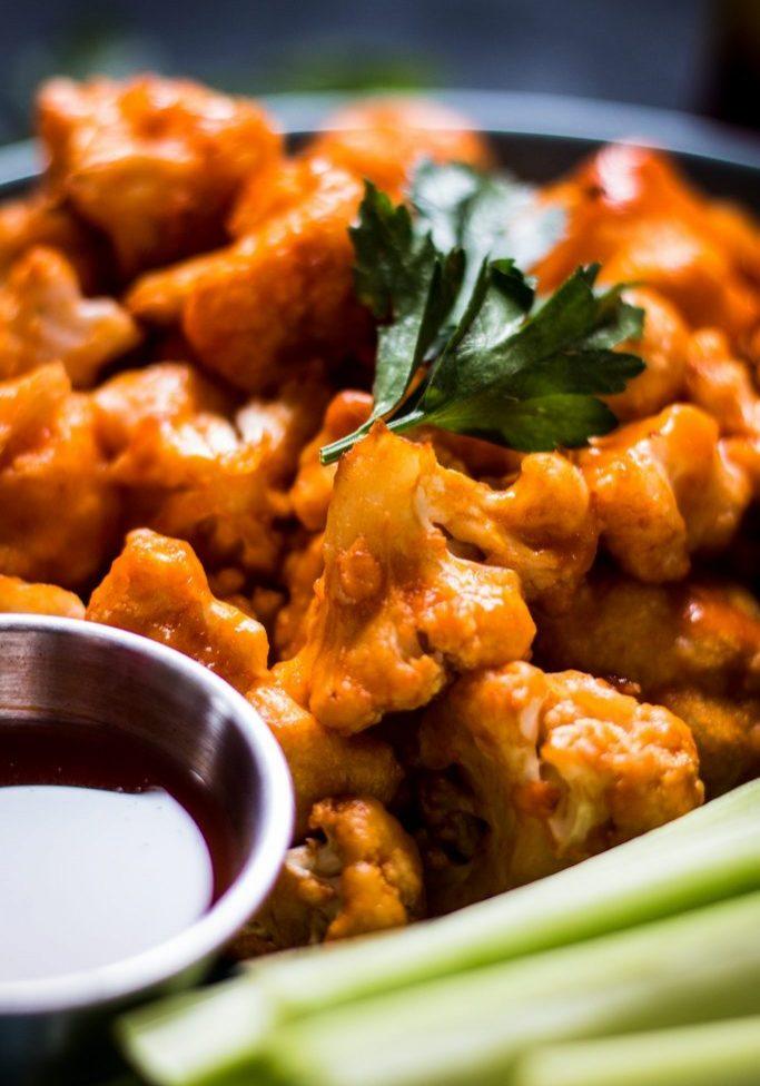 MG_2154Easy-Delicious-Buffalo-Cauliflower-Bites-Vegan-Plant-Based-Nut-Free-Nut-Free-Allergies-Nutfreevegan-Recipe-Snack