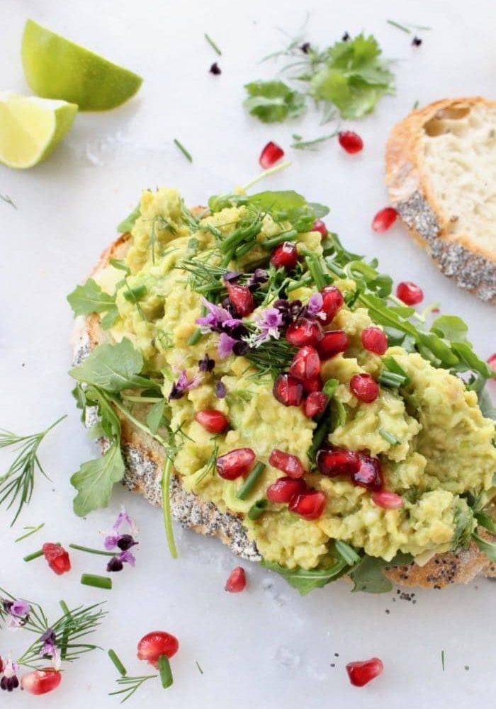 Vegan-Chickpea-Tuna-Salad-with-Avocado-2