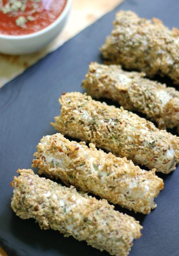 Vegan-Mozzarella-Sticks-1