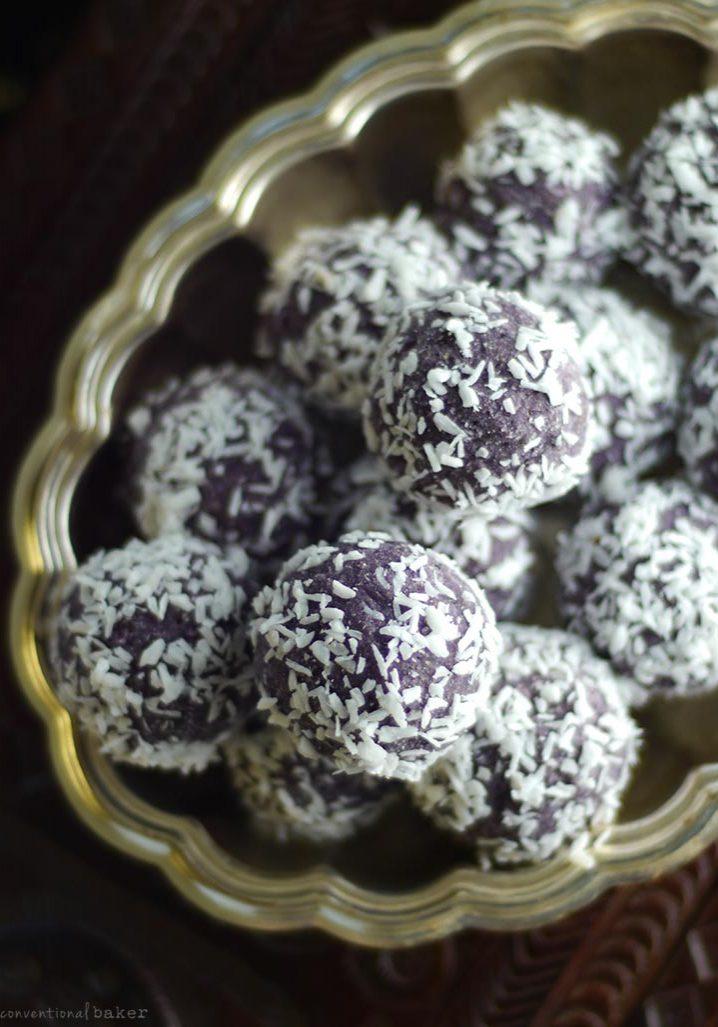 no-bake-blueberry-bliss-balls-recipe-dairy-free-refined-sugar-free-gluten-free-grain-free-nut-free