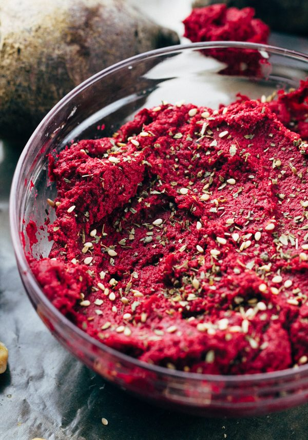 Roasted Beet Hummus made using beets and chickpeas. Oil free. | www.sproutingzen.com