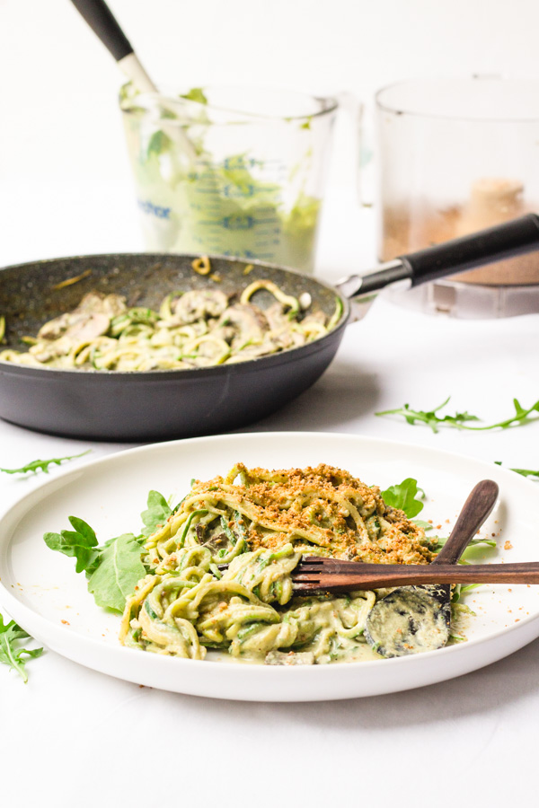 vegan zucchini noodles zoodles with arugula alfredo sauce