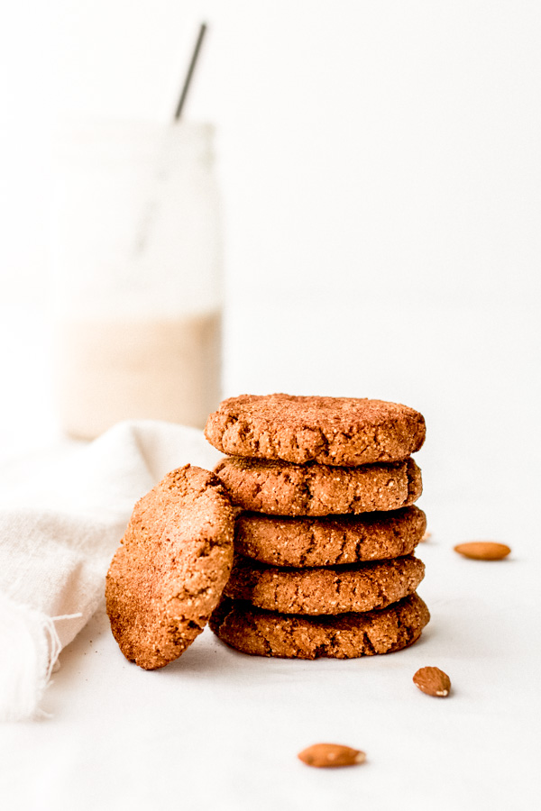 simple vegan almond butter cookies | Sprouting Zen