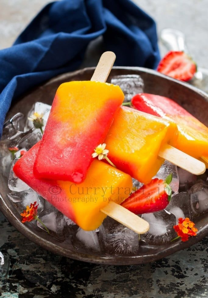 2-Ingredients-strawberry-mango-popsicle-3