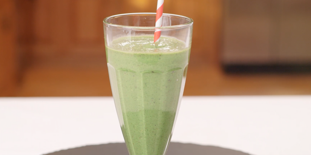 7-25-pistachio-smoothie-1-1080x675 - Copy