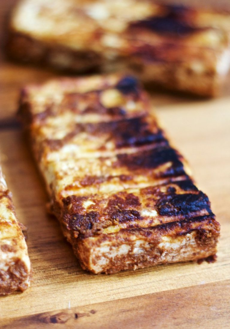 Cocoa-and-Chili-Rubbed-Tofu1