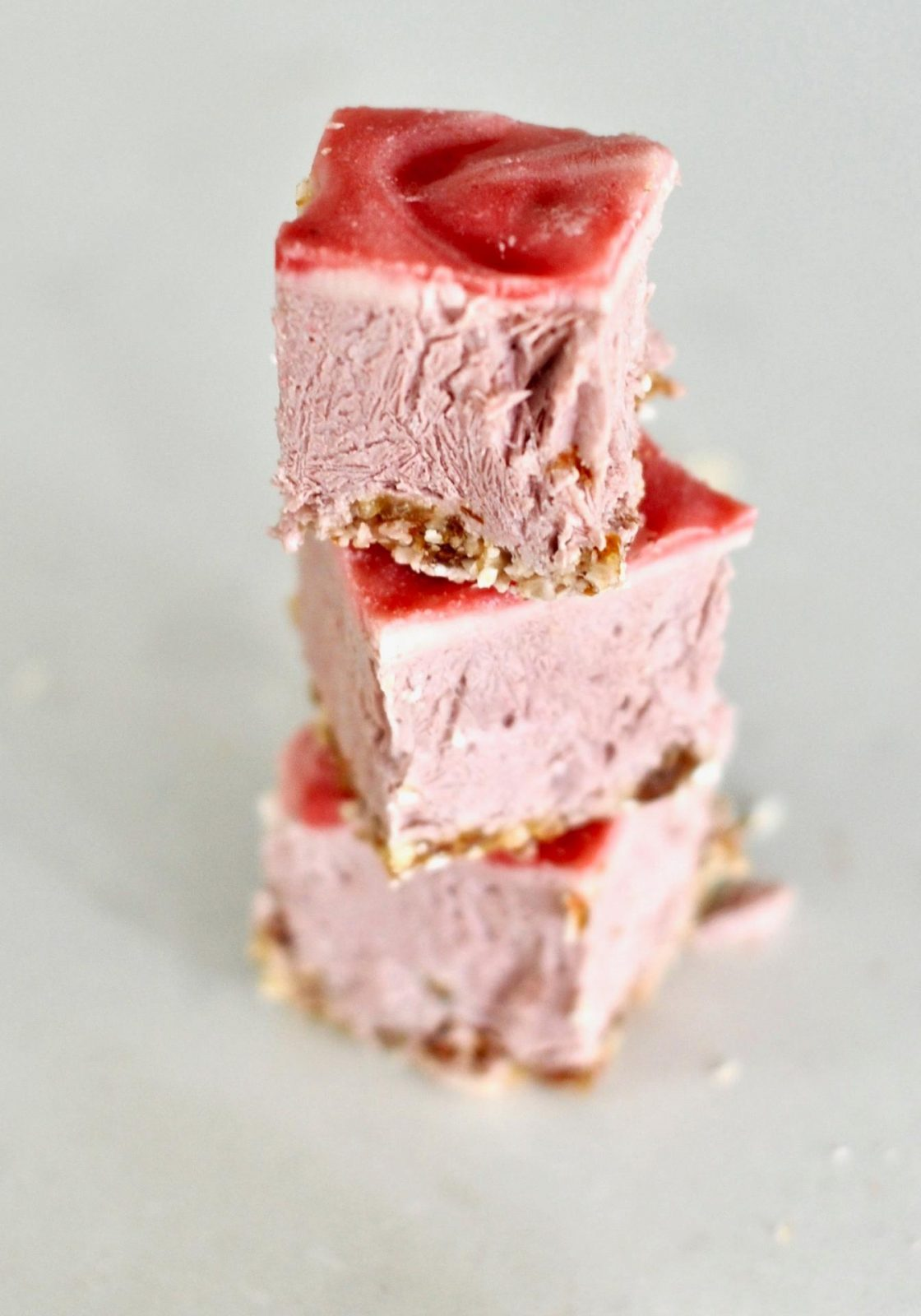 Raw-Strawberry-Cheesecake-Slices-Vegan-Gluten-Free-3