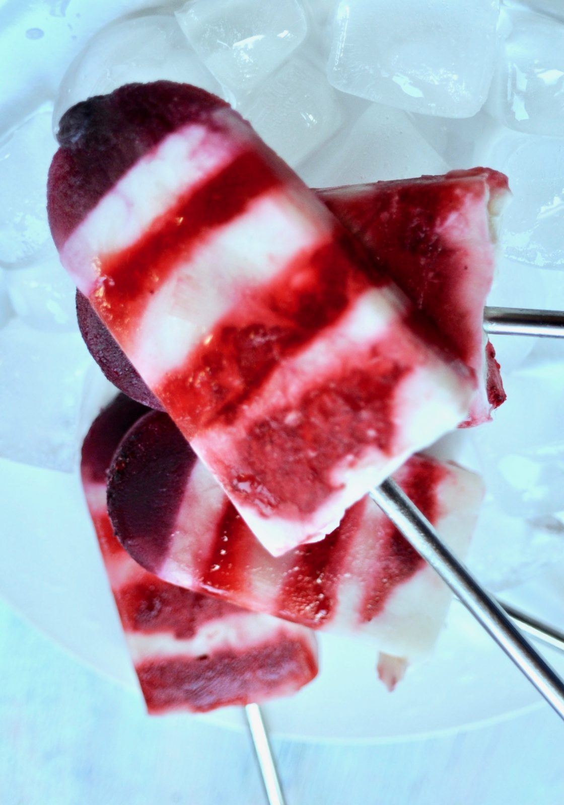 Red-White-and-Blue-Vegan-Popsicles-for-the-4th-of-July-3