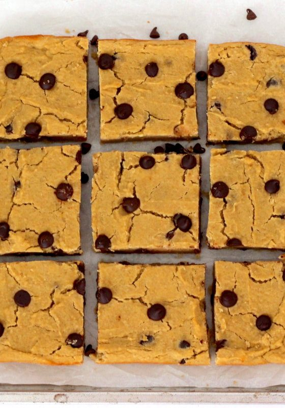 chocolate-chip-cookie-dough-bars-6_orig