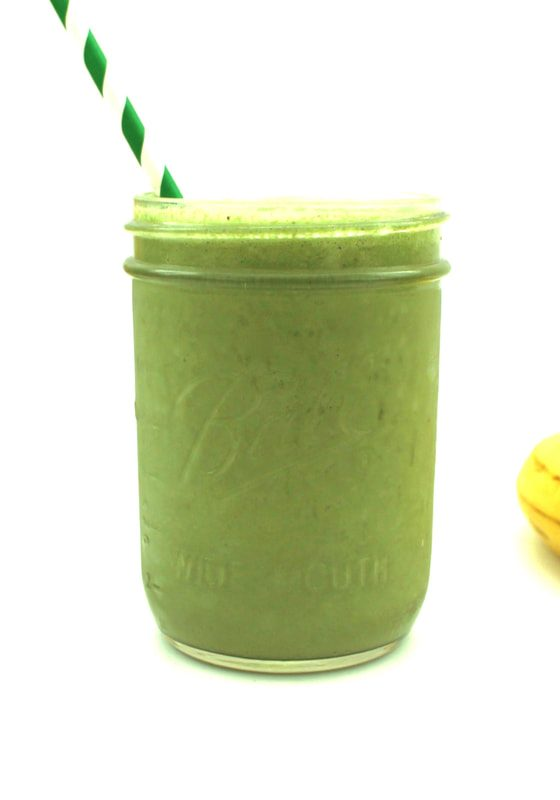peanut-butter-banana-green-smoothie-2_orig