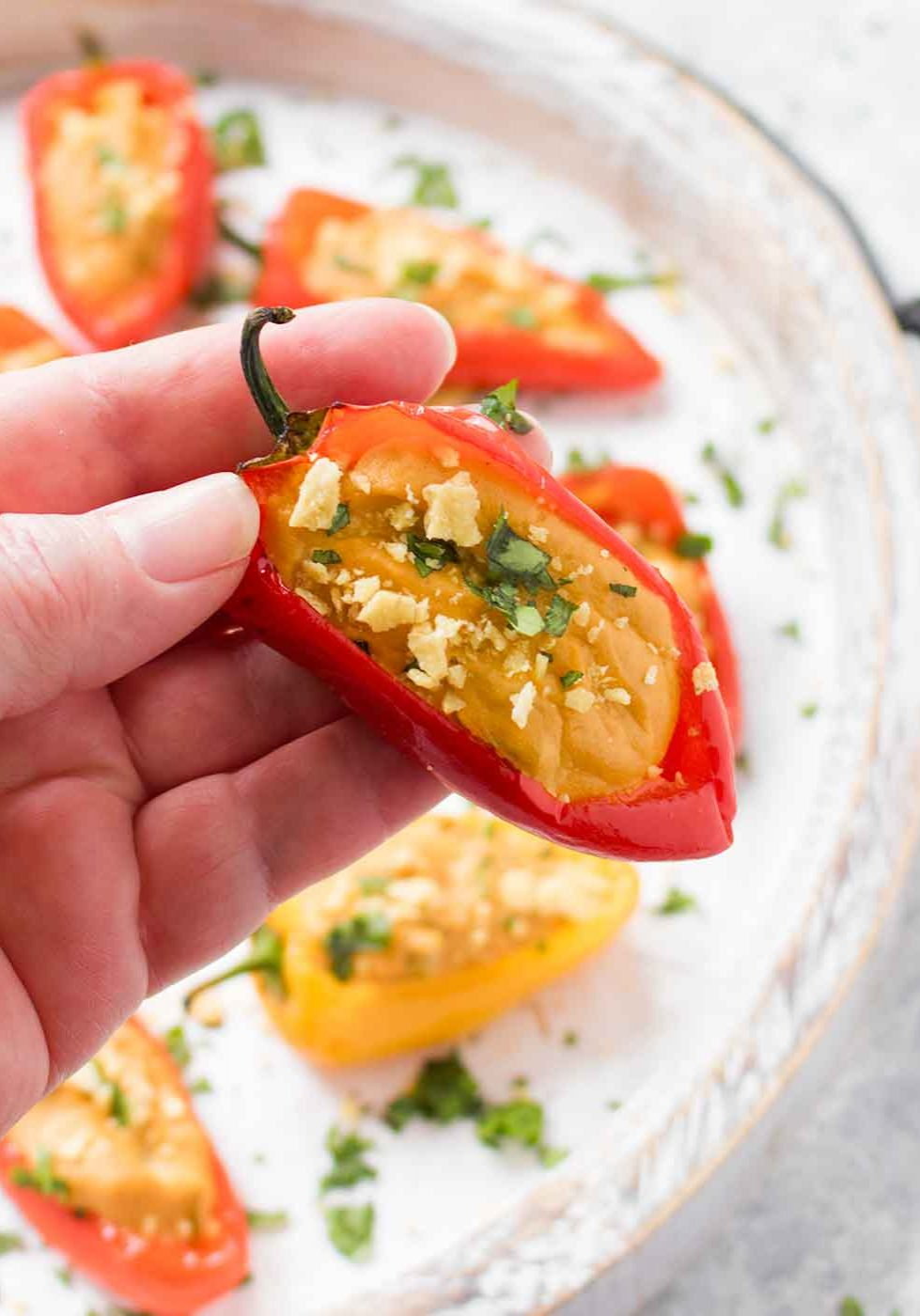 vegan-queso-stuffed-mini-peppers-1882-0418